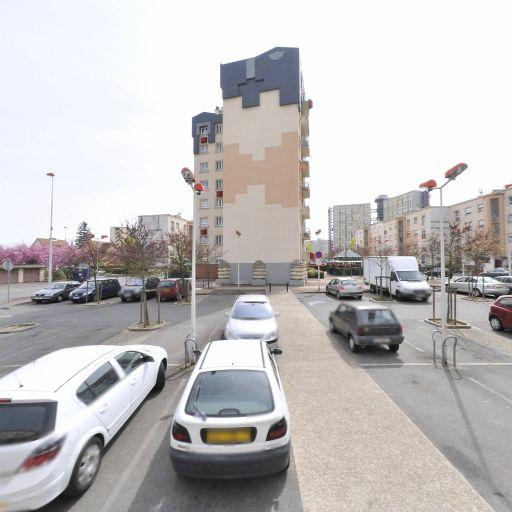 Parking Square Alexandre Ribot - Parking - Melun
