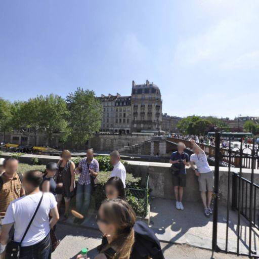 Statue De Saint Jean-Paul Ii - Attraction touristique - Paris