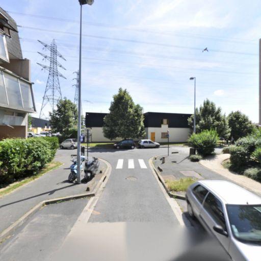 Tozi Driver - Chauffeur d'automobiles - Alfortville