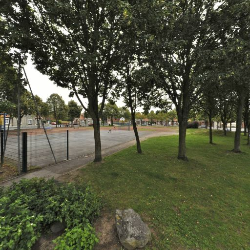 Plateau Eps 1 Place des Tilleuls - Infrastructure sports et loisirs - Valenciennes