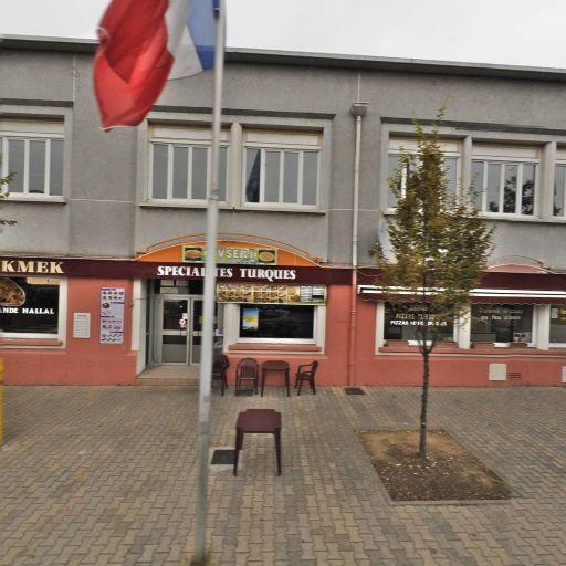 S-s-f Sté De Services Funéraires - Pompes funèbres - Vénissieux