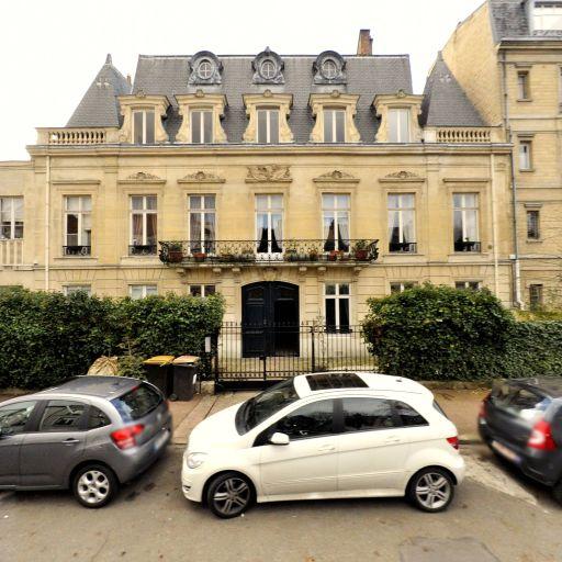 Viennot Laurence - Formation continue - Saint-Germain-en-Laye