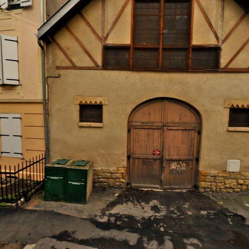 Commune de Metz Service de Propreté Urbaine - Environnement et habitat - services publics - Metz