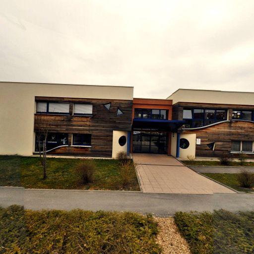 C-c-a-s Centre Communal d'Action Sociale - Garde d'enfants - Metz