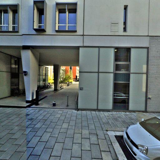 Service administratif régional de la cour d'appel de Grenoble - Tribunal et centre de médiation - Grenoble