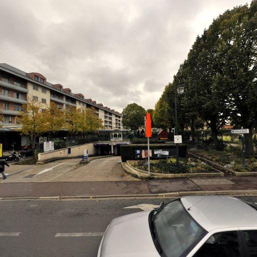 Hôtel de Ville (Rueil) - Parking public - Rueil-Malmaison