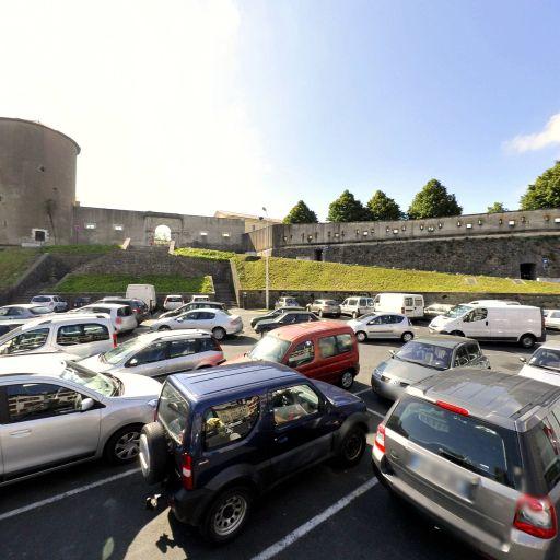 Parking Château Neuf - Parking - Bayonne