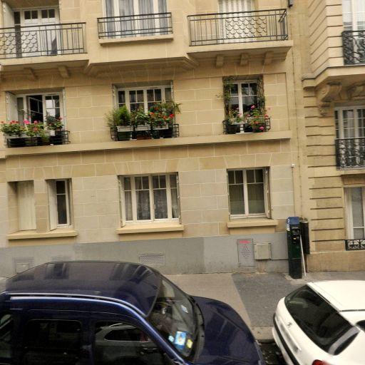 Moukadem Zayra - Interprète - Paris
