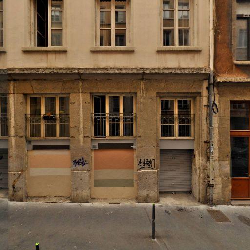 En Embuscade - Cours d'arts graphiques et plastiques - Lyon