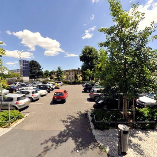 Parking Lidl Lyon Duchère 2 - Parking - Lyon