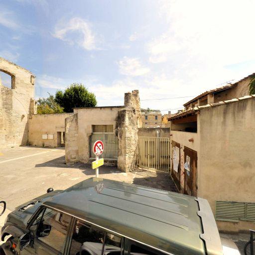 Ecole maternelle La Roquette - École maternelle publique - Arles