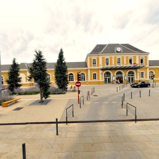Parking Gare SNCF - Parking - Roanne