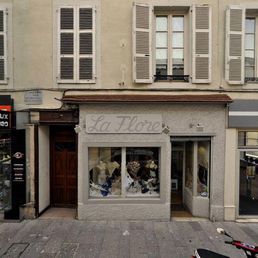 La Flore Sté d'exploitation du magasin - Lingerie - Pau