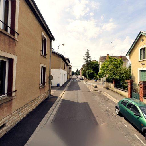 Delestraint Fetes Et Jeux - Club de jeux de société, bridge et échecs - Bourg-en-Bresse