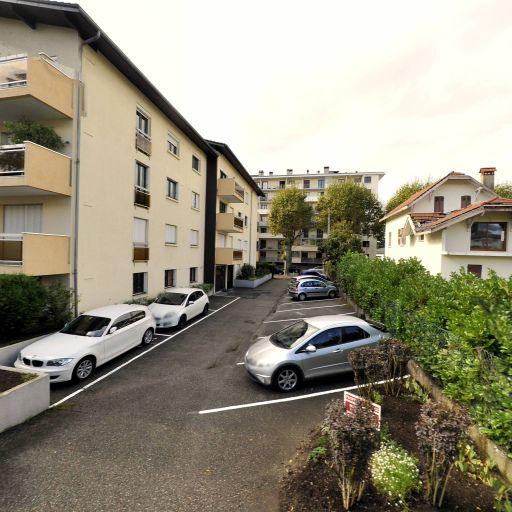Aire de covoiturage Carrefour - Aire de covoiturage - Annecy