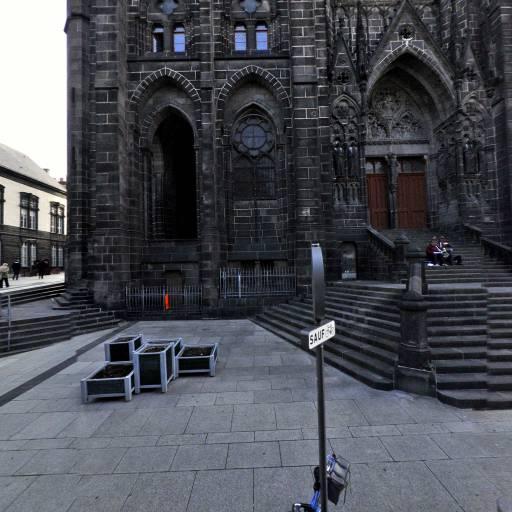 Cathedrale Notre-dame-de-l'assomption - Église - Clermont-Ferrand