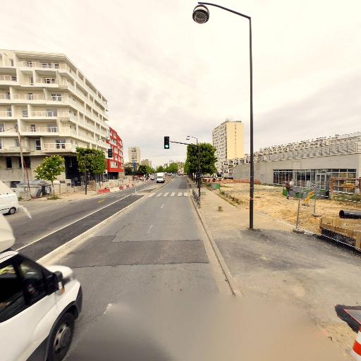 Caixa Géral De Dépositos - Banque - Vitry-sur-Seine