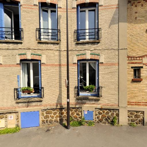 Kertudo Anne-Sarah - Conseil en communication d'entreprises - Montreuil