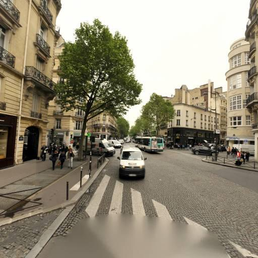 Victor Hugo Pompe - Parking - Paris