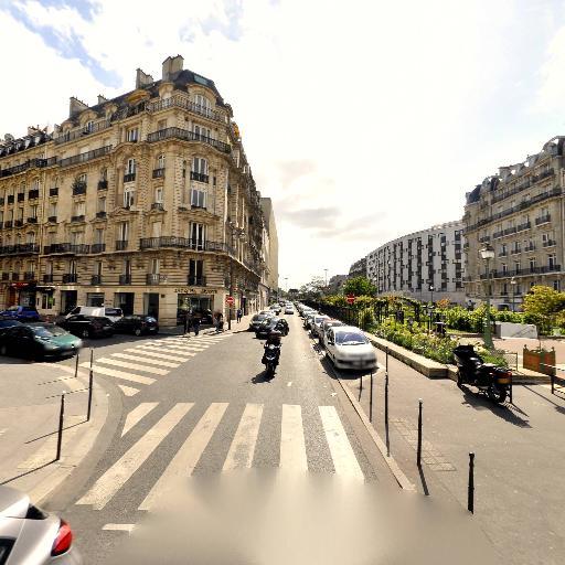 La Dalle - Parc et zone de jeu - Paris