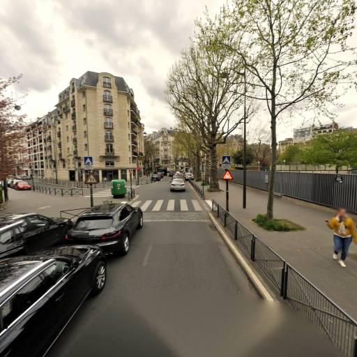 E.P.PU GROS 18 rue Gros - École primaire publique - Paris