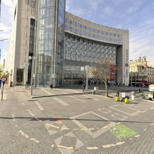 Centre Commercial Italie Deux - Pharmacie - Paris