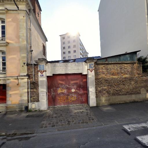 Attia Daniel - Bouquiniste - Rennes