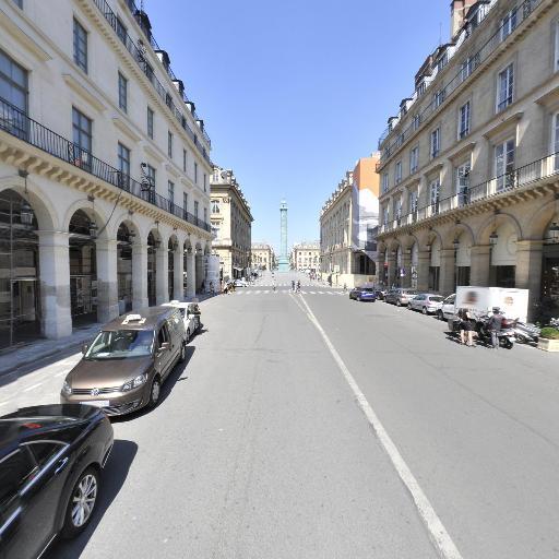 Carré Des Feuillants - Restaurant - Paris