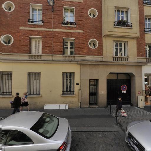Axes Femme - Papeterie - Paris