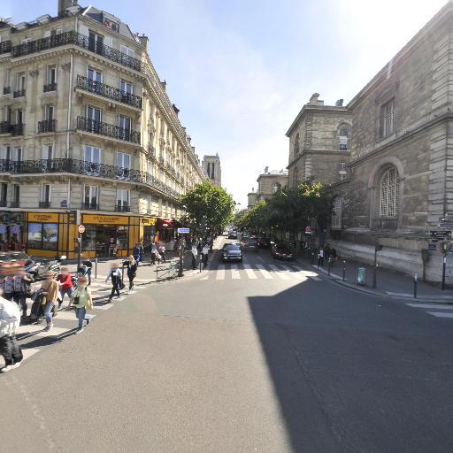 Pont d'Arcole - Attraction touristique - Paris