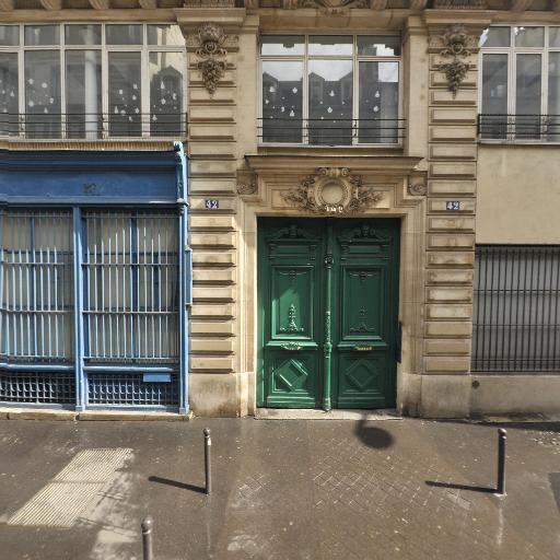 VF Services UK Limited - Ambassade et consulat - Paris