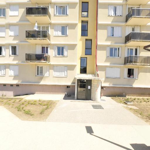 Dongopandgi Clovis - Entreprise de nettoyage - Saint-Germain-en-Laye
