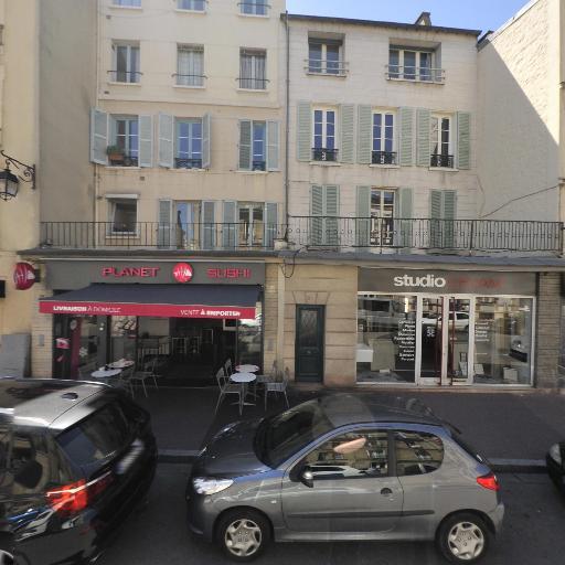 Studio Cerame Sanitaire Carrelage - Équipements pour salles de bain - Saint-Germain-en-Laye