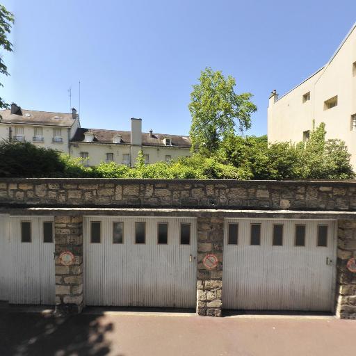 Axeo Services - Petits travaux de jardinage - Saint-Germain-en-Laye