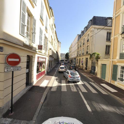 Thiebaut Magali - Conseil en communication d'entreprises - Saint-Germain-en-Laye