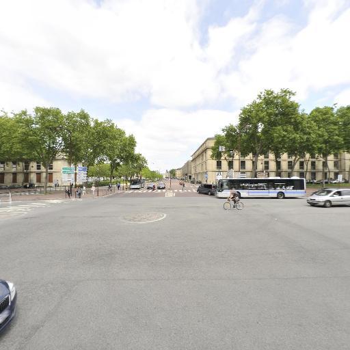 Aoualli Fatima - Coursiers - Versailles