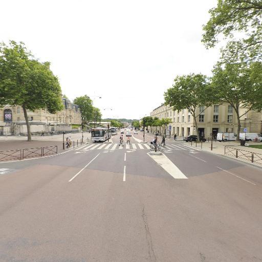 Traversian Philippe - Écrivain public - Versailles