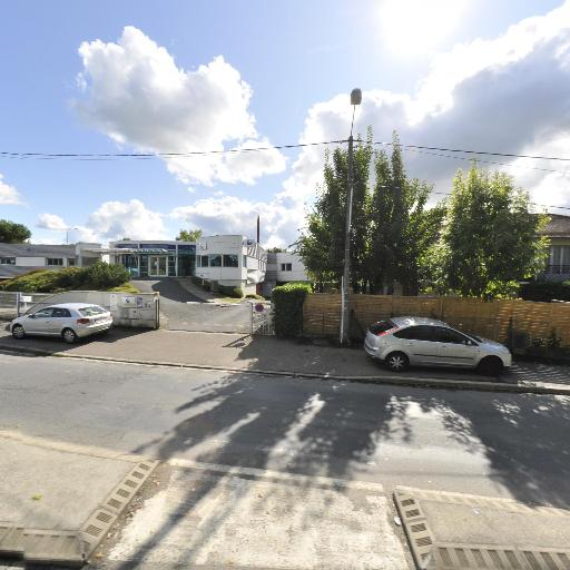 France Poids Lourds 19 - Garage poids lourds - Brive-la-Gaillarde