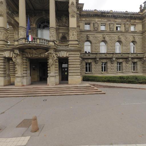 Jardin Du Palais Du Rhin - Parc et zone de jeu - Strasbourg