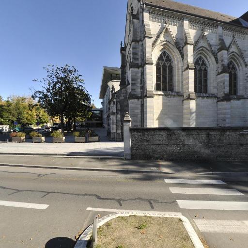 Chapelle du couvent des Réparatrices - Église - Pau