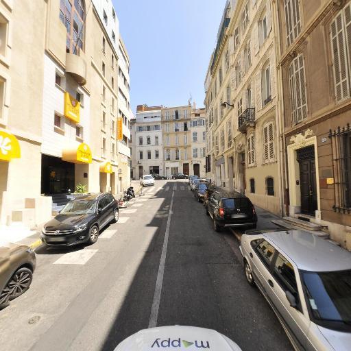 Ibis Marseille Centre Prefecture - Hôtel - Marseille