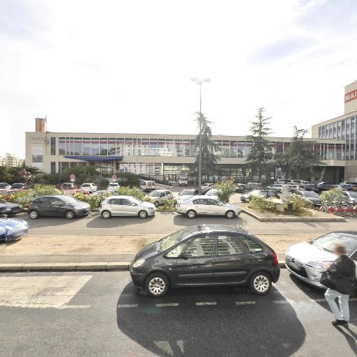 Parking Mairie du 8e - Parking - Lyon