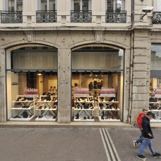 Lycée Des Métiers Des Arts De La Coiffure - Enseignement pour la coiffure et l'esthétique - Lyon