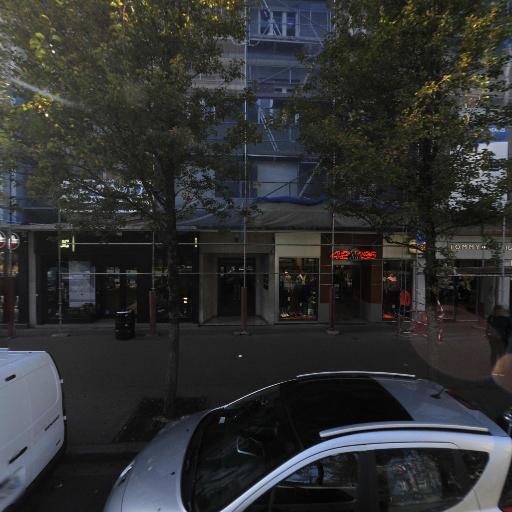 Vans Store Annecy - Vêtements sportswear - Annecy