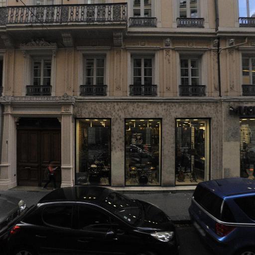Atelier Decor Adam - Conception et installation de spectacles - Lyon