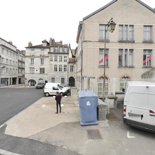 Espace Mariage Complice - Robes de mariées - Besançon