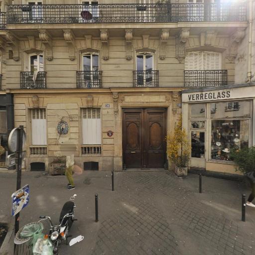 Verreglass - Achat et vente d'antiquités - Paris