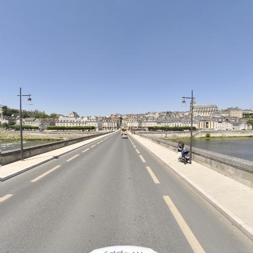Pont Jacques Gabriel - Attraction touristique - Blois