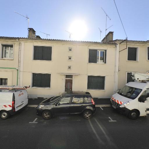 IAD France Genestie Angèle Mandataire Indépendant - Mandataire immobilier - Angoulême