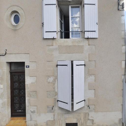 Theatre De La Petite Scene Diffusion, Action, Formation, Intervention - Entrepreneur et producteur de spectacles - Poitiers